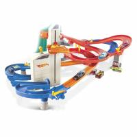 Hot Wheels Автоматический скоростной лифт 4 в 1 c 10-ю машинками Auto Lift Expressway Play Set