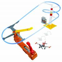 Disney Planes Action Mattel Cars Игровой набор Воздушный рейс с машиной Shifters Flight to the Finish Speedway